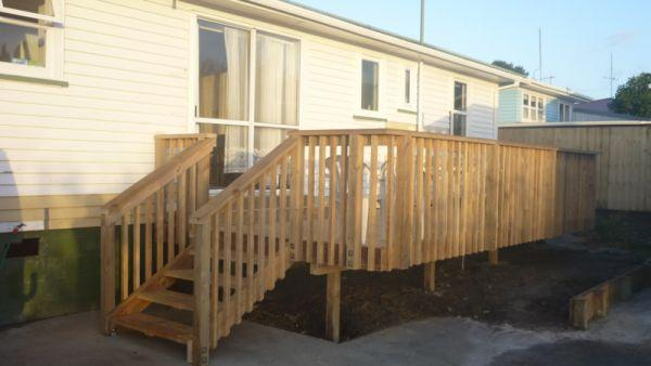 timber deck rental house